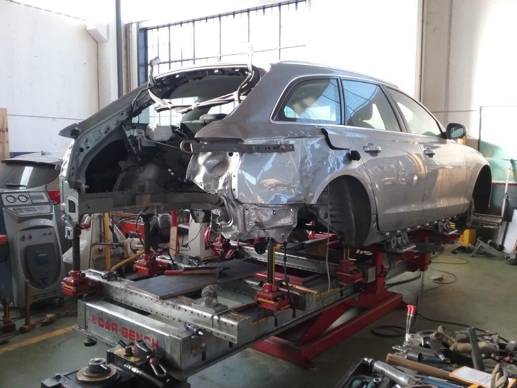 Audi A6 (5)