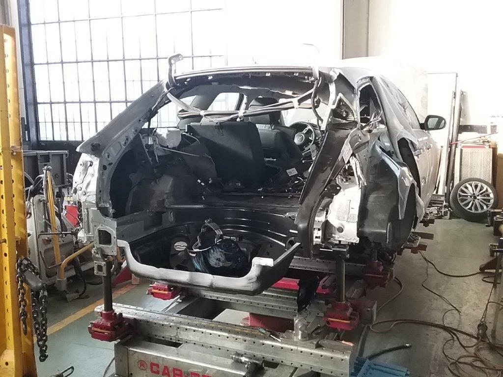 Audi A6 (8)